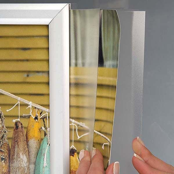 Doppelseitiger Einschubrahmen Querformat DIN A4 Postermaß 2