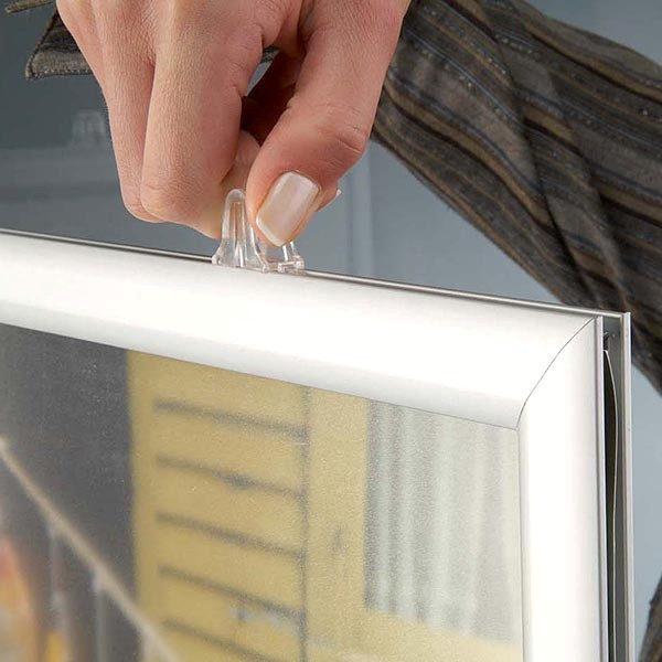 Doppelseitiger Einschubrahmen Querformat DIN A4 Postermaß 3