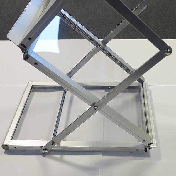 Falt Prospektständer Acryl Silber 6 x DIN A4 inkl. Alu Transportkoffer Silber eloxiert 2