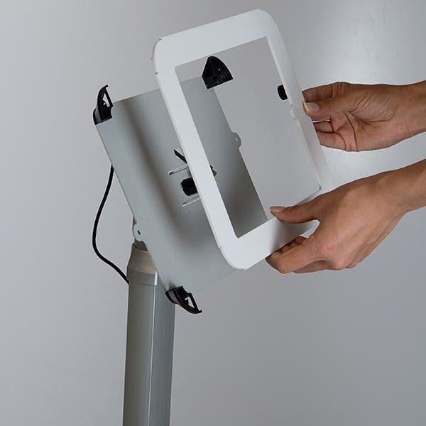 Flexibler iPad Infoständer mit verstellbarer Höhe weiß im Hoch und Querformat nutzbar 4