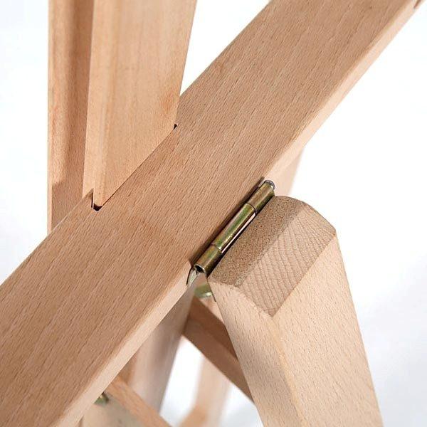 Klassische Holz Staffelei aus Buchenholz 6
