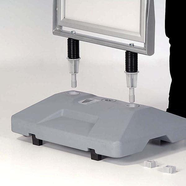 Kundenstopper Eco WindSign mit Kunststoff Fuß DIN A0 Postermaß 5