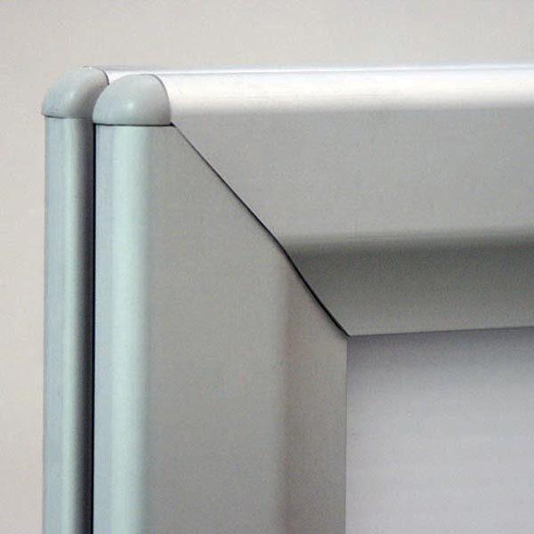 Kundenstopper Eco WindSign mit Kunststoff Fuß DIN A0 Postermaß 7