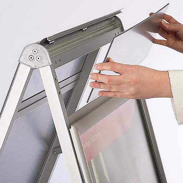 Kundenstopper PremiumPlus 30mm DIN A1 Postermaß 2