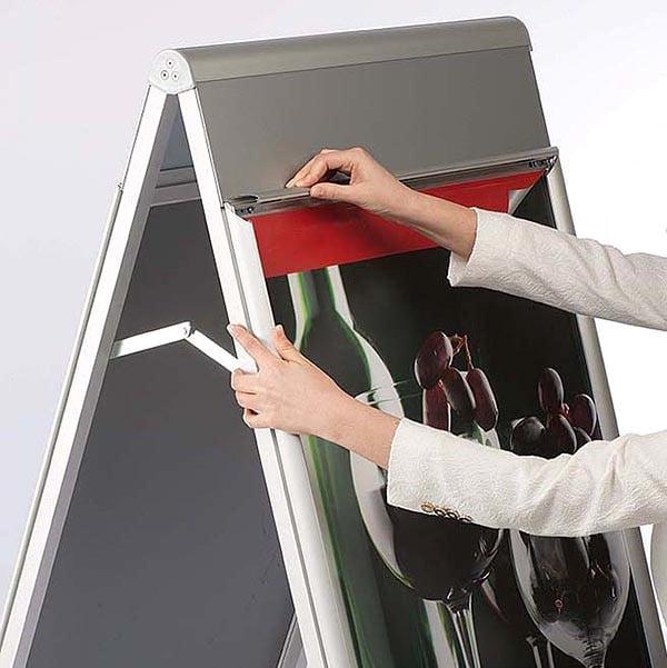 Kundenstopper PremiumPlus 30mm DIN B2 Postermaß 1