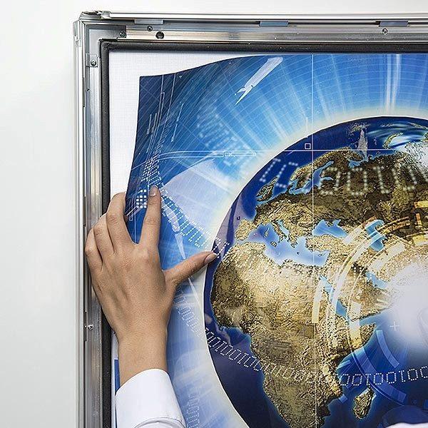LED Leuchtrahmen Premium Outdoor 35mm DIN A4 Postermaß einseitig 7