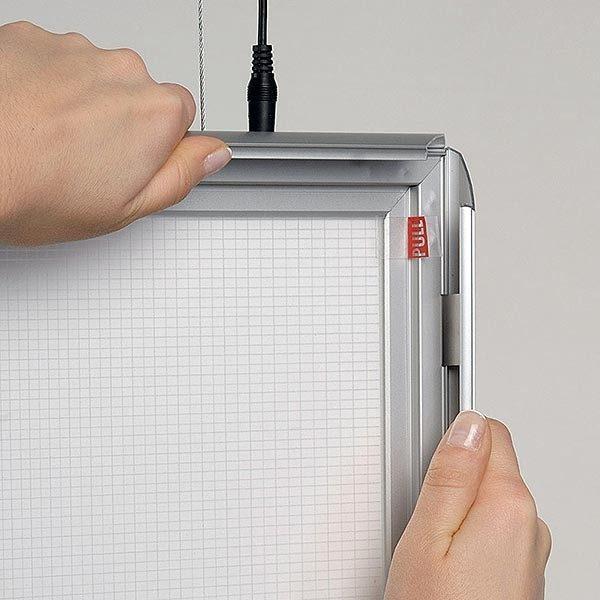 LED Leuchtrahmen Premium doppelseitig 25mm DIN B2 Postermaß doppelseitig 6