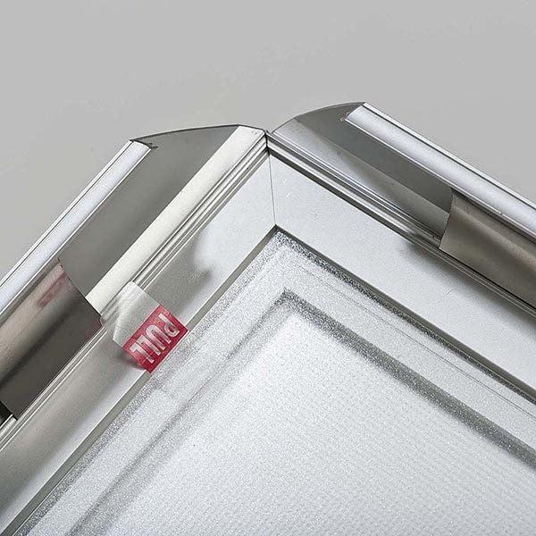 LED Leuchtrahmen Premium doppelseitig 35mm DIN A0 Postermaß doppelseitig 7