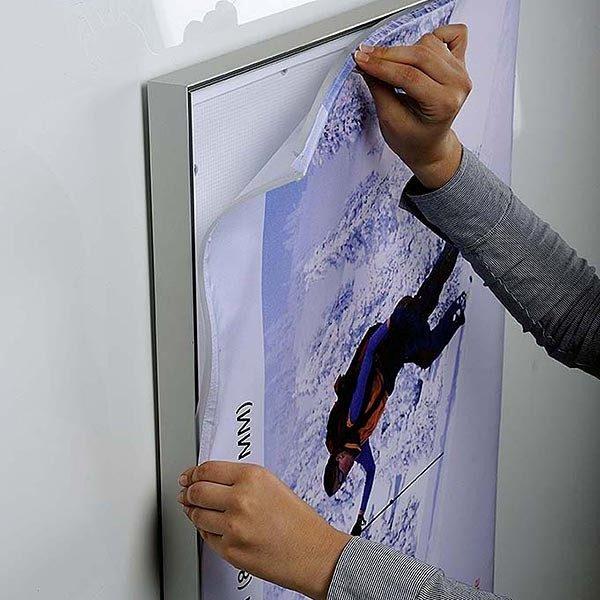 MaxiFrame LED 20 einseitig DIN A1 Postermaß 8
