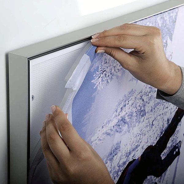 MaxiFrame LED 20 einseitig DIN B2 Postermaß 8