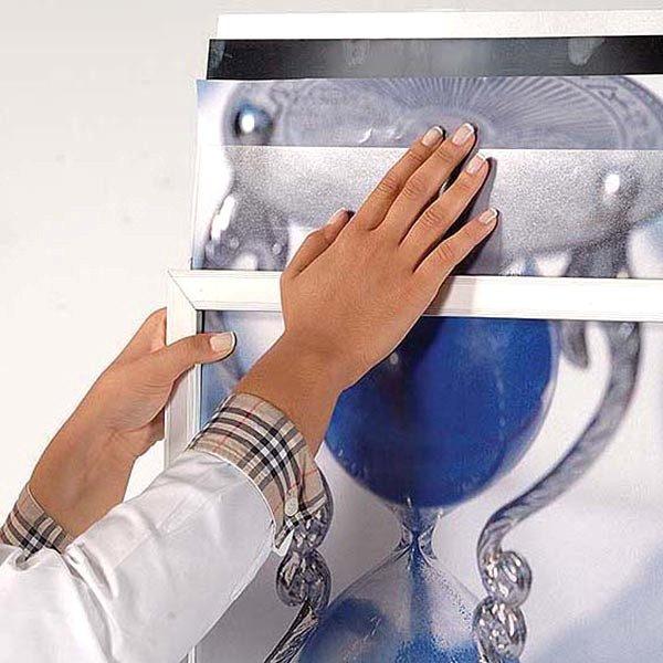 Ovalfuss Infoständer in silber DIN A2 Postermaß 10
