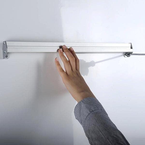 Prospekthalter-für-Wandmontage-2-x-DIN-A4-Format-2