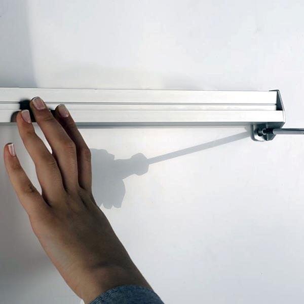 Prospekthalter für Wandmontage 2 x DIN A5 Format 2