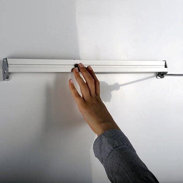 Prospekthalter für Wandmontage 3 x DIN lang Format 100 x 210 mm 2