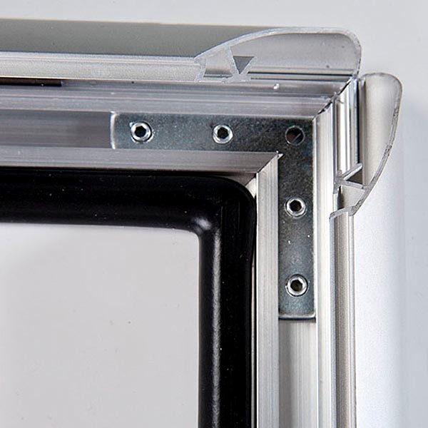 Wasserfester Klapprahmen mit Sicherungsschraube 35mm DIN A1 Postermaß 2