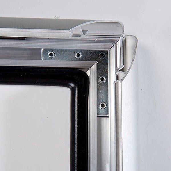 Wasserfester Klapprahmen mit Sicherungsschraube 35mm DIN A2 Postermaß 2