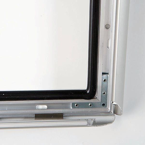 Wasserfester Klapprahmen mit Sicherungsschraube 35mm DIN B2 Postermaß 1