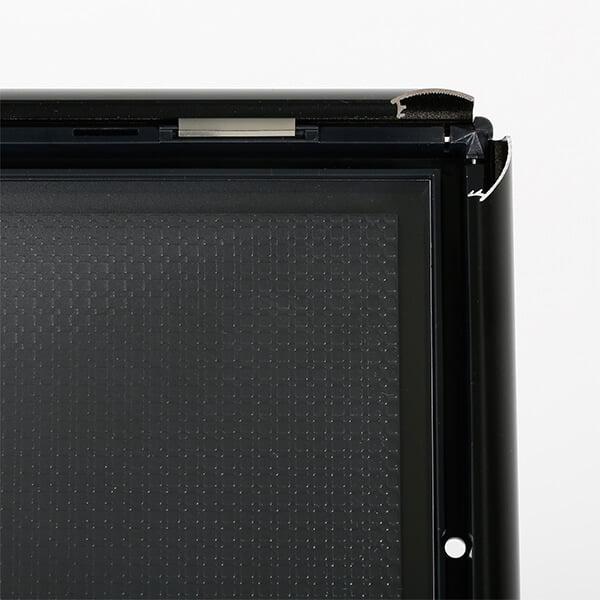 dekorativer infostaender schwarz din a4 klapprahmen